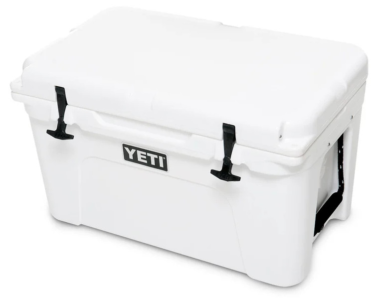 YETI Tundra 45 Side angle Picture